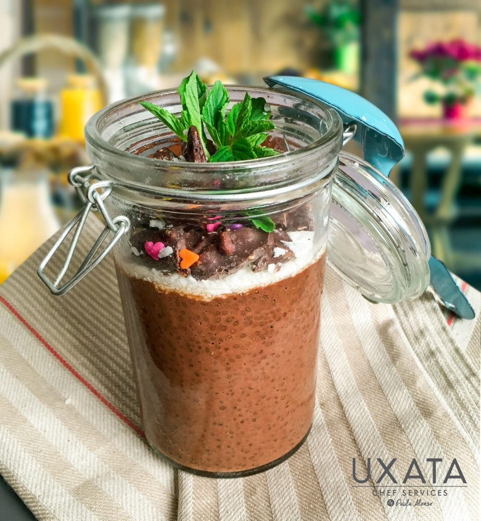 vegan-chocolate-chia-pudding1
